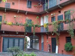 Milano - Case a Righiera sui Navigli