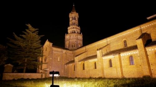 abbazia-di-chiaravalle-2-628x353[1]