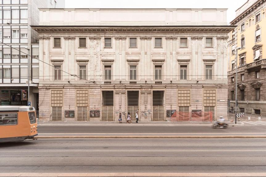 Teatro_Lirico_Gaber_Milano[1]