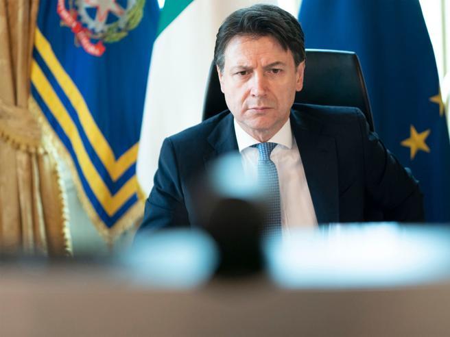 Fase due, conferenza stampa del PresidenteConte