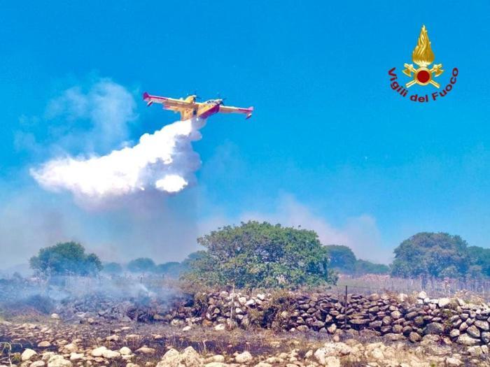 Incendi: già oltre mille roghi e 2mila ettari infumo