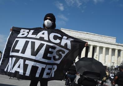 L'urlo di Washington in marcia contro ilrazzismo
