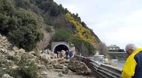 Frana in Valmalenco travolge auto, 3morti