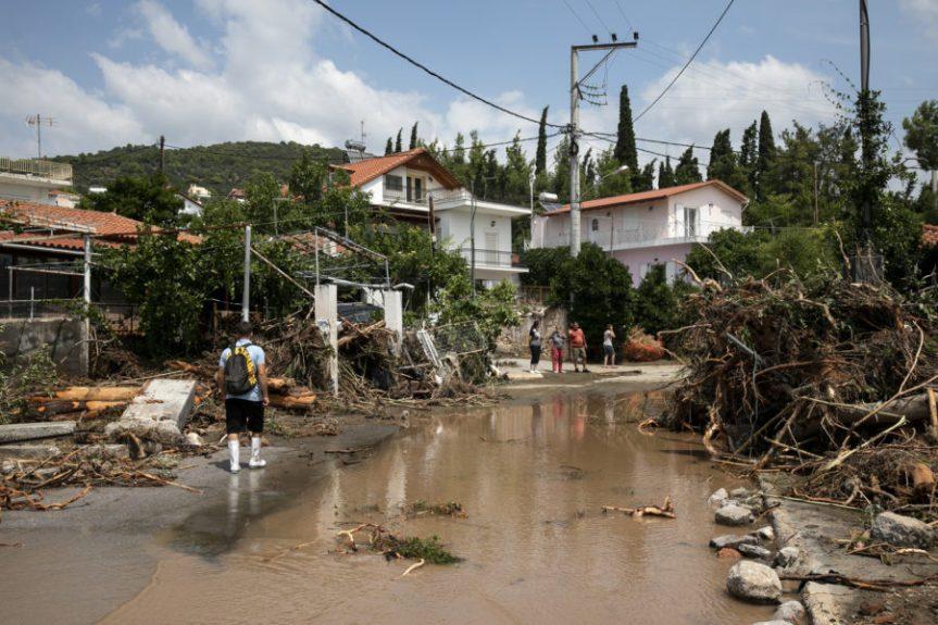 Grecia, tempesta colpisce l'isola di Eubea: otto morti e undisperso