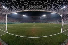 """Calcio, l'Antitrust contro 9 squadre: """"Clausole vessatorie nell'acquisto di abbonamenti e biglietti"""""""