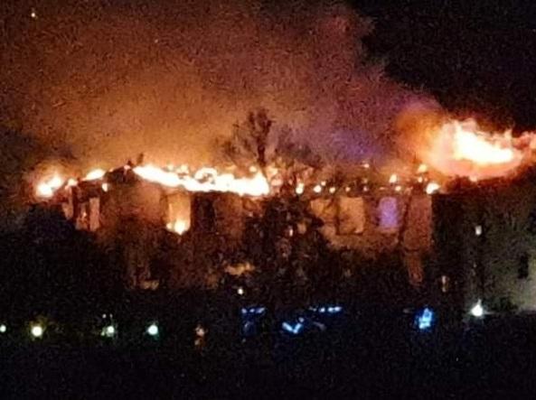 La villa della famiglia Cordero di Montezemolo in fiamme per un corto circuito alle lucinatalizie