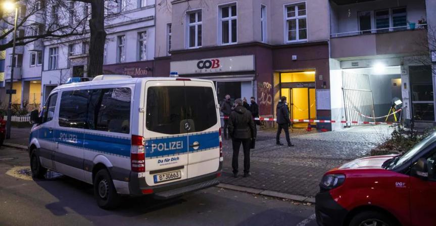 Sparatoria a Berlino, tre feritigravi