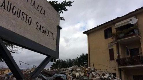 Terremoto di Amatrice, pochi pilastri e cemento scadente:………..
