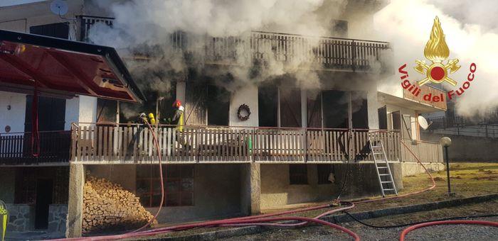 A fuoco appartamento nella Bergamasca, unmorto