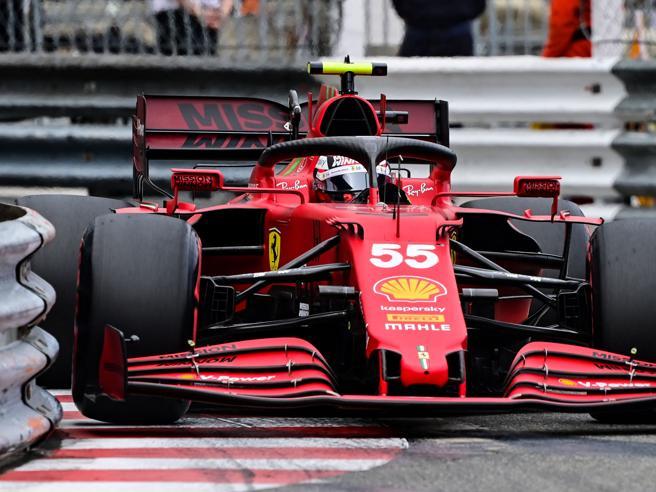 Ferrari: Leclerc in pole aMonaco.