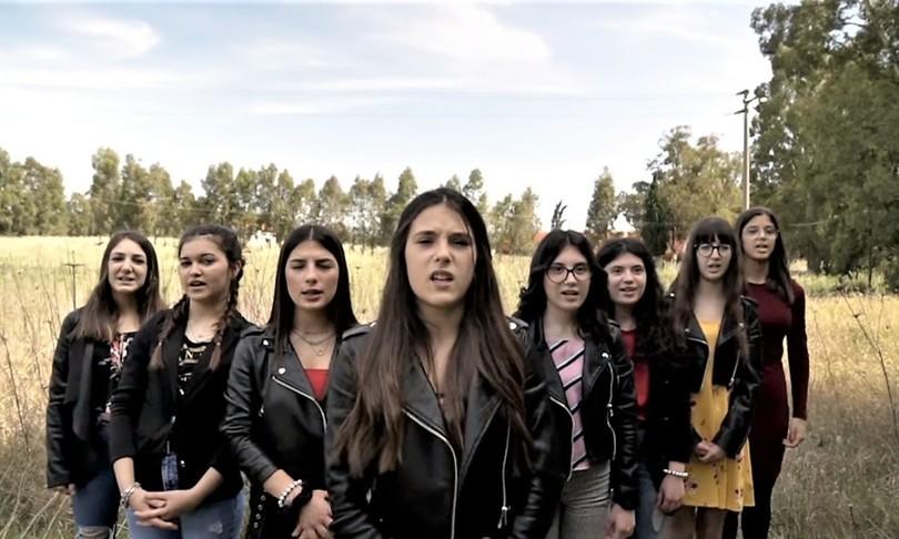Contro i femminicidi l'inno in sardo di una generazione in unvideoclip