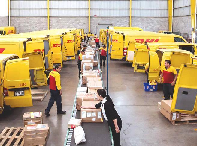 Lavoratori sfruttati e tasse non pagate: al colosso della logistica Dhl sequestrati 20milioni