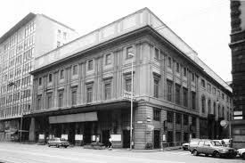 Milano ritrova il teatro Lirico. Sarà dedicato aGaber