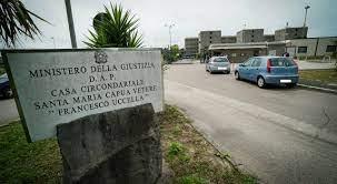 Carcere Santa Maria Capua Vetere: pestaggi, torture, la barbastrappata.